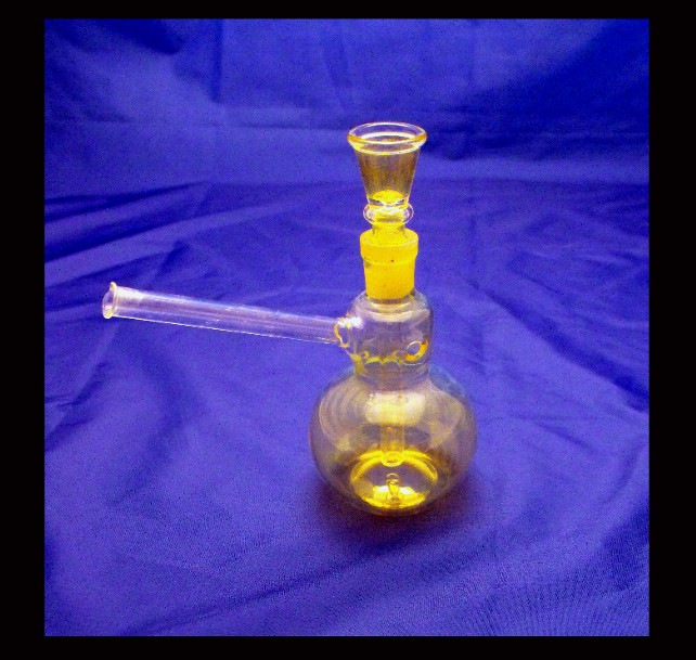 Abronia Mini glass bong - Click Image to Close